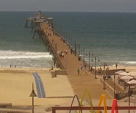 Imperial Pier Surf Cam by Surfline