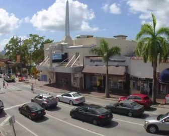 Downtown Miami Webcam from Bar & Chain