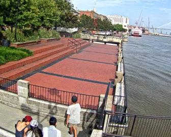 River Street Plaza Webcam in Savannah