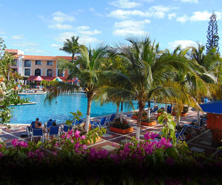 Hotel Cozumel & Resort Pool Cam, Caribbean Islands, Resort Beach Vacation