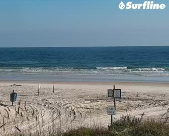 Crescent Beach Surf Cam by Surfline