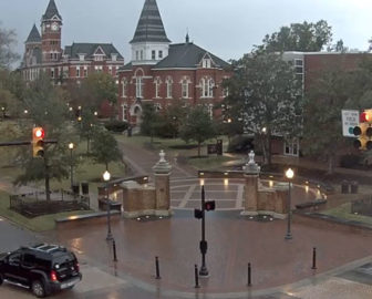 Live Cam from Toomer's Corner - Auburn University