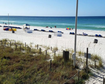 Barefoot Bar Grill Beach Cam - Panama City Beach, FL