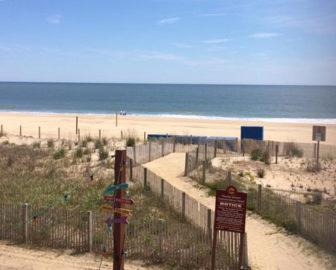 Clarion Resort Fontainebleau Beach Cam, Ocean City, Maryland