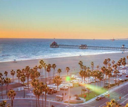 The Waterfront Beach Resort Webcam, Huntington Beach CA