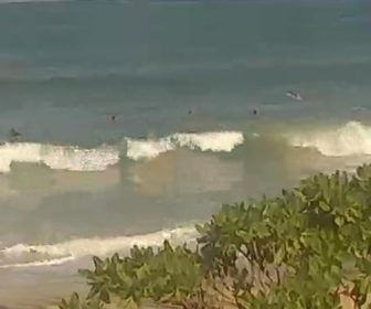 Pa'ia Bay Maui Surf Cam
