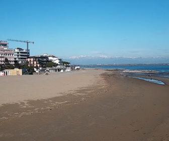 Beach Lignano Sabbiadoro Italy Live Webcam