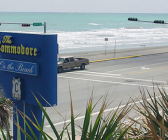 The Commodore on the Beach, Galveston Webcam