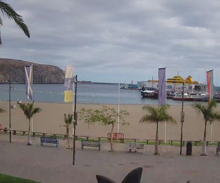 Playa de Los Cristianos Beach Webcam, Tenerife, Spain