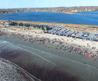 Visit Easton Beach, Rhode Island